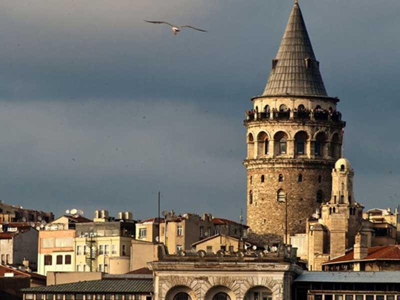 برج گالاتا در استانبول ترکیه