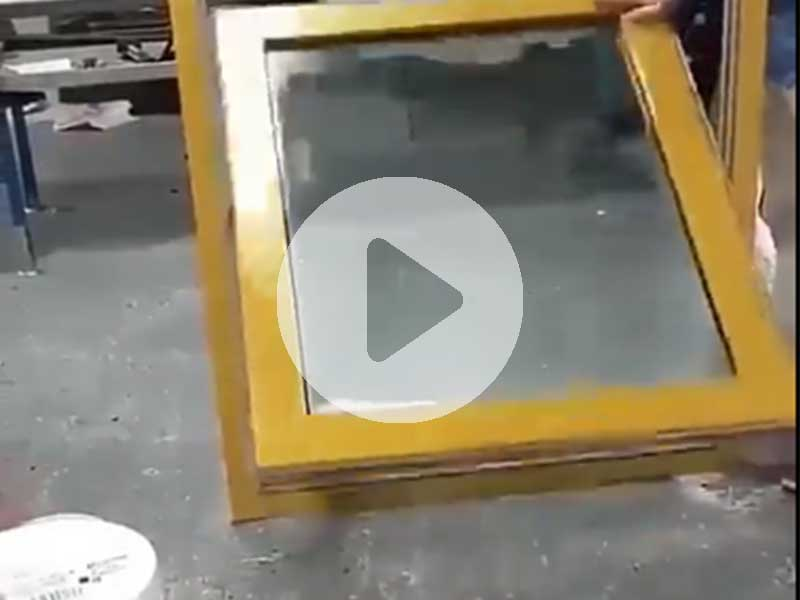 Applied idea for window using sand