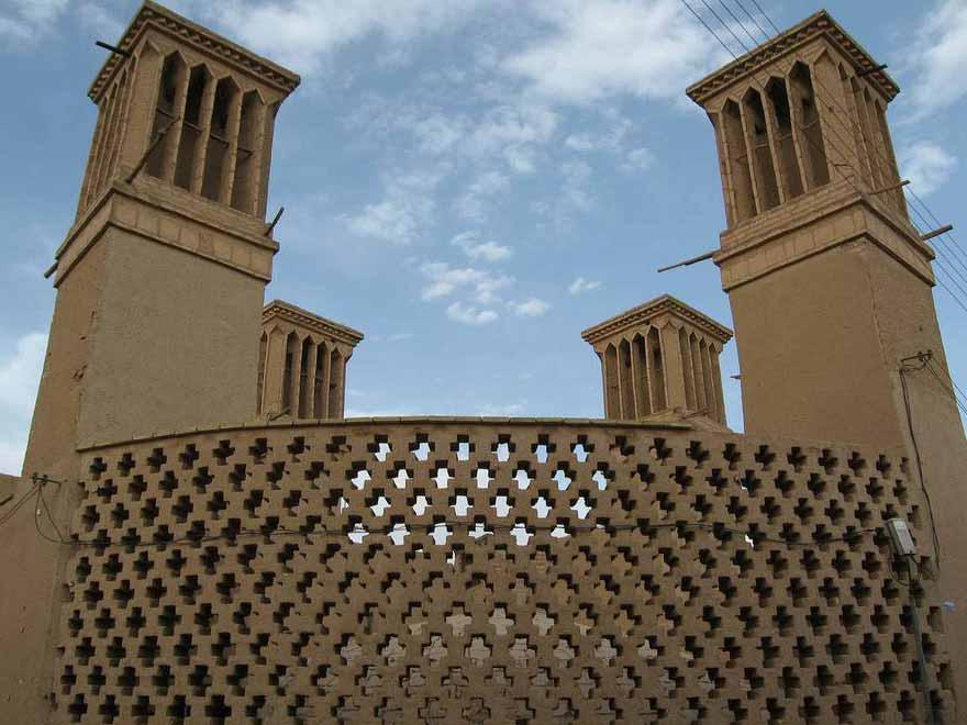 آشنایی با انواع سبک های معماری یزد