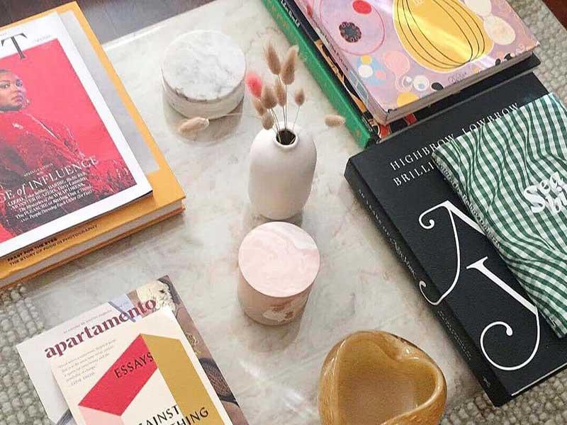 9 راه هوشمندانه برای تزیین میز قهوهخوری