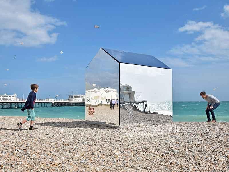 7 پروژه معماری در مقیاس کوچک با مصالح ساختمانی غیرمعمول